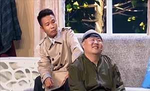 二龙湖浩哥颇有宝哥的表演风格,被健忘老太弃盗从良